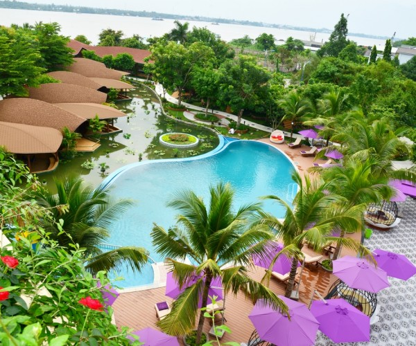 Con Khuong Resort