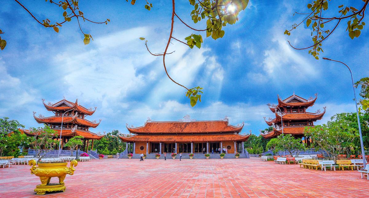 Thiền Viện Trúc Lâm Phương Nam điểm du lịch tâm linh nổi tiếng Cần Thơ