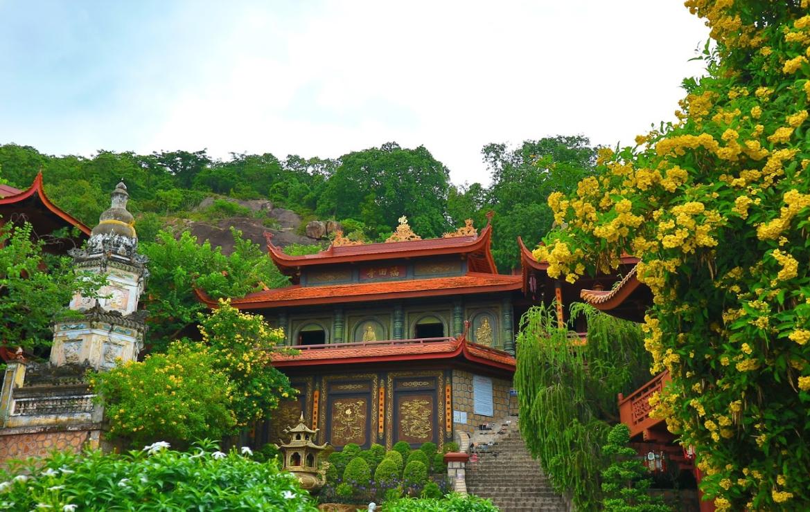 Vãn cảnh Chùa Hang (Phước Điền Tự) - Ngôi chùa tuyệt đẹp ở An Giang