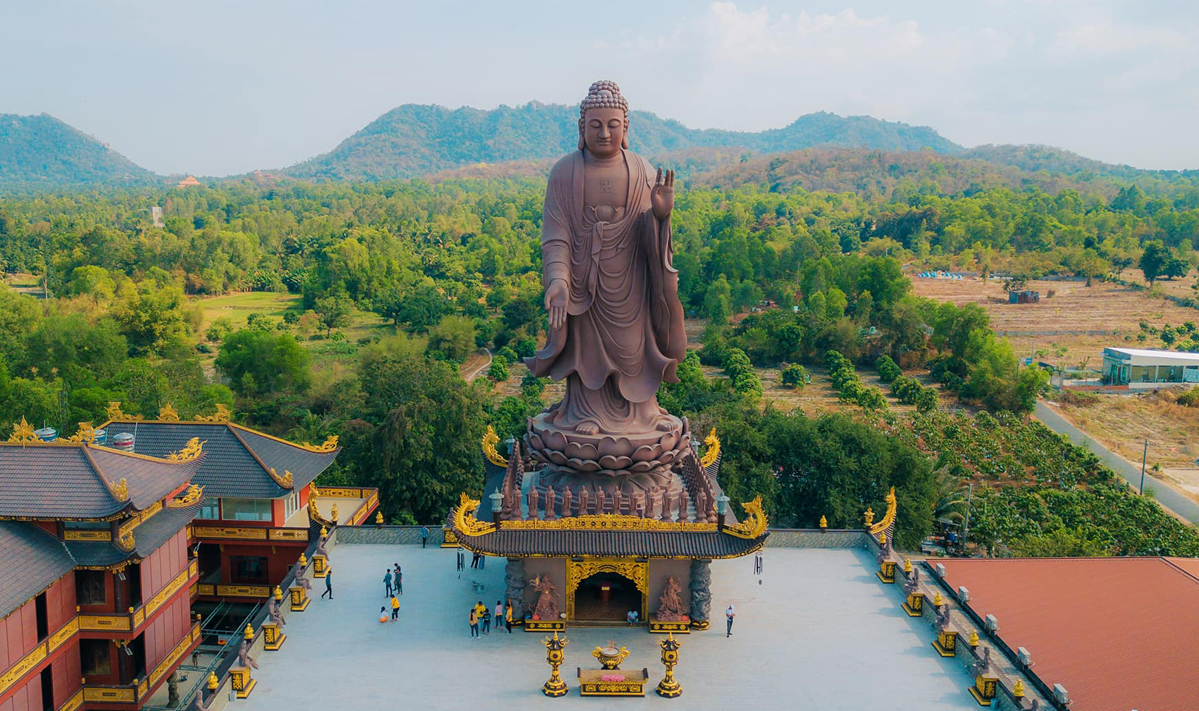 Chùa Kim Tiên - Điểm đến mới siêu đẹp ở Tịnh Biên, An Giang